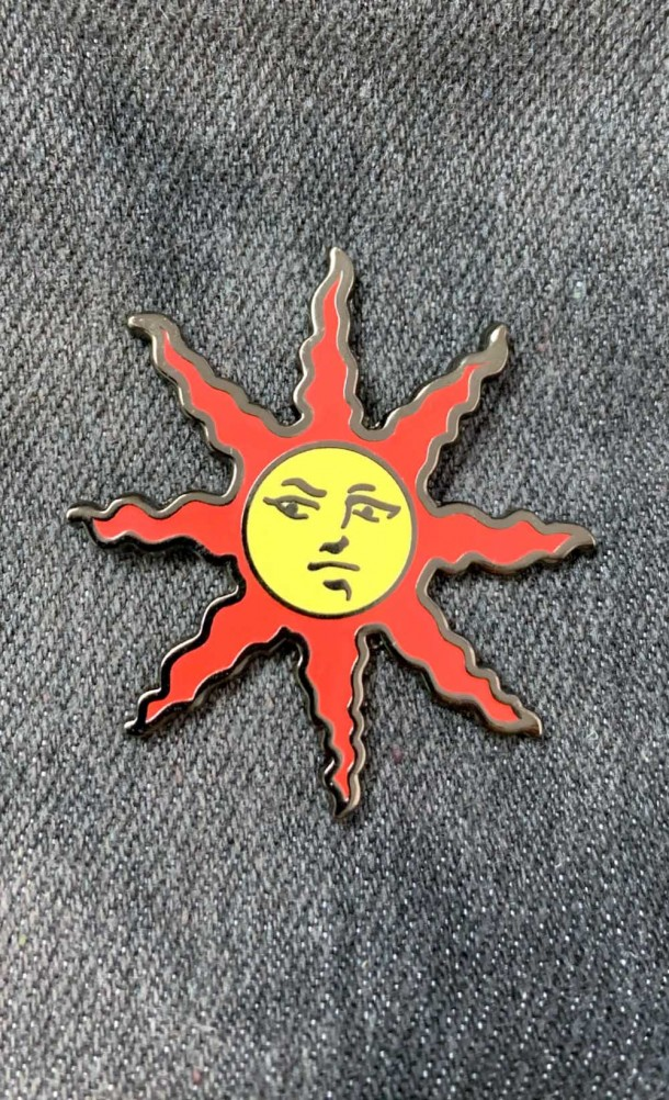 Praise It Enamel Pin